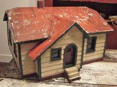 VINTAGE FOLK ART WOODEN HOUSE - SINGLE STORY