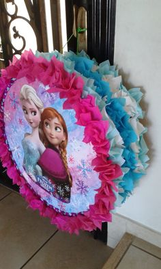 Elsa And Anna Birthday Party, Frozen Themed Birthday Party, 5th Birthday Party Ideas, Frozen Party, Birthday Diy, Birthday Party Decorations, Frozen Pinata, Birthday Pinata, Princess Pinata