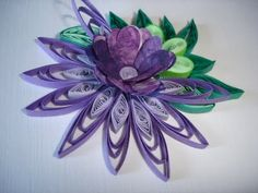 purple flower  mihaela-creativeart.blogspot.com  Very nice work.