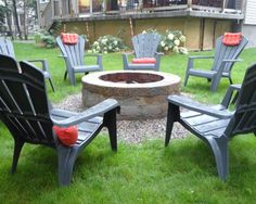 fire pit DIY--exactly the look going for, small gravel area to save grass