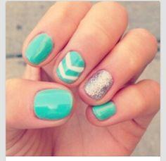 Super cute nails >>♡