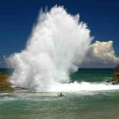 The waves get that big!
