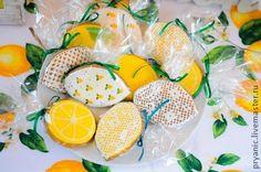 Кулинарные сувениры ручной работы. Ярмарка Мастеров - ручная работа Пряники для лимонной вечеринки. Handmade.