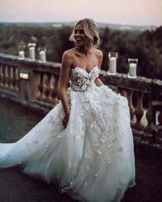 Schatz Floral Brautkleid Kleid mit Tüllrock – Wedding Gowns – Sweetheart Floral Wedding Dress with Tulle Skirt – Wedding Gowns – Dress … Applique Wedding Dress, Applique Dress, Dream Wedding Dresses, Bridal Dresses, Floral Wedding Dresses, Floral Gown, Floral Lace, Women's Dresses, Flowery Wedding Dress