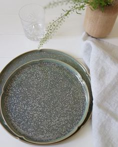 CRYSTAL GREEN: The name of this speckled mineral glaze ceramic tableware collection and green is a good change from the 2 weeks of Chinese New Year. Move aside Red and Gold Crystal Green has arrived. Crystal Green, Ceramic Tableware, Mineral, Glaze, Chinese, Ceramics, Crystals, Instagram Posts, Red