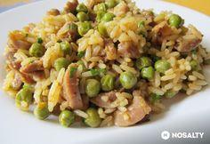 Csirkezúzás rice with peas Meat Recipes, Chicken Recipes, Cooking Recipes, Healthy Recipes, Croatian Recipes, Hungarian Recipes, Good Food, Yummy Food, Food 52