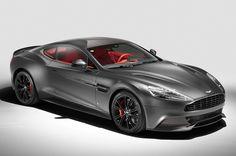Aangezien Aston Martin wat aandacht kan gebruiken, nam de Q-branch van het merk de Vanquish en Rapide S eens goed onder handen.