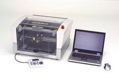 Il EGX-350 permette la realizzazione di dime per cristalli strass, grazie alla soluzione Roland R-Wear che consente la personalizzazione di capi d'abbigliamento o accessori in maniera semplice e veloce, inoltre oggetti in Braille e superfici 3D per gli ipovedenti. Inoltre EGX-350 è silenzioso, veloce e di facile manutenzione.