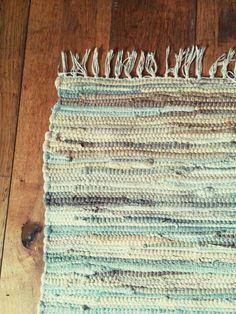 Beautiful Neutrals rag rug interior design