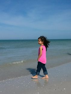 clearwater beach single girls A little girl who was missing on clearwater beach has been found safe.