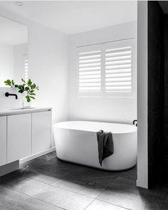 Free standing bath for ensuite. Vanity needs a bit more presence- ? Bathroom Windows, Bathroom Renos, Laundry In Bathroom, Grey Bathrooms, Bathroom Layout, Bathroom Interior Design, Bathroom Renovations, Modern Bathroom, Small Bathroom