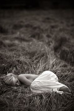 What a wicked thing to do, to make me dream of you ~ Photography Stefan Beutler