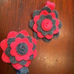 Button Blossom Felt Clips by FowlerChildCreations on Etsy, $6.00