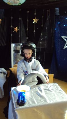 Project geef mij maar de ruimte op de Prins Clausschool. Alleen met een maan auto kun je je verplaatsen!
