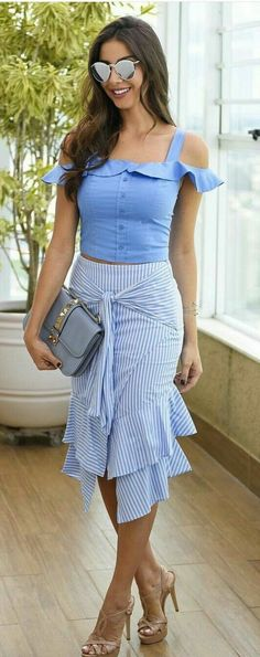 Fashionable Look With Ruffle Skirt Outfit Ideas 12 – Fiveno Skirt Outfits, Cool Outfits, Summer Outfits, Fashion Outfits, Dress Summer, Ruffle Skirt, Dress Skirt, Ruffles, Cute Tops