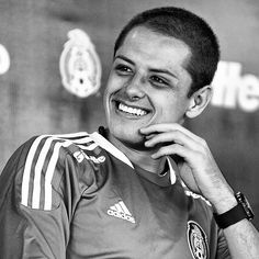 """Javier Hernández """"Chicharito"""" I love you Soccer Players, Football Soccer, Mexico Soccer, Chi Chi, Attractive Men, Gorgeous Men, Beautiful, Cute Guys, The Man"""