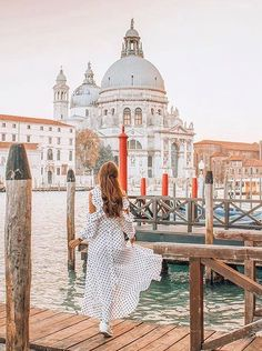 Saw the typical Venice? Want to see something more? Let's dive into secret locations in Venice! Time Travel, Places To Travel, Places To Visit, Venice Travel, Italy Travel, Famous Places, Venice Italy, Travel Inspiration, Travel Photography