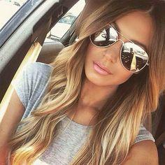 So I want to look all summer. Aviators and blond hair - Hair Trends Ombre Hair, Balayage Hair, Balayage Highlights, Auburn Balayage, Natural Highlights, Caramel Balayage, Brunette Highlights, Color Highlights, Summer Hairstyles