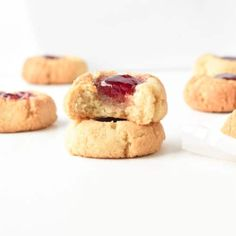 These EASY almond flour thumbprint cookies are healthy vegan gluten free cookies made with almond flour. They are soft, chewy, moist cookies with a sweet raspberry jam center, dairy-free and refined sugar free! No need of butter and sugar in this recipe, only 8 wholesome ingredients ! Vegan Christmas Cookies, Xmas Cookies, Christmas Baking, Vegan Gluten Free Cookies, Keto Cookies, Vegan Shortbread, Shortbread Cookies, Almond Flour Cookies, Coconut Flour