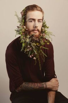Nice 48 Most Elaborate Flower Beard Decorations Ideas Beard Decorations, Flower Beard, Flower Boys, Beard Care, Green Man, Facial Hair, Bearded Men, Mustache, Beautiful Men