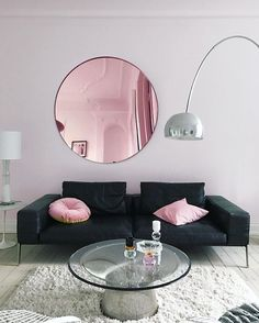 Today, I'm loving this living space, courtesy of Annika Von Holdt. I mean, that pink round mirror is everything, isn't it?