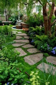 Marvelous 10 Best Shade Garden Ideas For The Backyard https://decoratoo.com/2018/02/21/10-best-shade-garden-ideas-backyard/ 10 best shade garden ideas for the backyard that not only looks beautiful and tidy but also looks quite swanky and feel cool. #GardeningIdeas