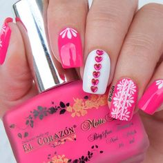 Mesmerizing Pink Nail Design With Rhinestones To Rock The Summertime ❤️ Find the Inspiration in our gallery! ❤️ #naildesignsjournal #nails #nailart #naildesigns #pinknails