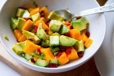 vegan-tofu-quinoa-guac%2041.jpg (564×376)