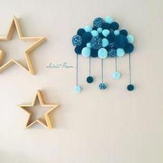 J adore nuagepompon decochambrebabyboy fieredemoi – Artofit Pom Pom Crafts, Yarn Crafts, Baby Decor, Nursery Decor, Diy Home Crafts, Arts And Crafts, Diy Y Manualidades, Deco Floral, Kids Room Design