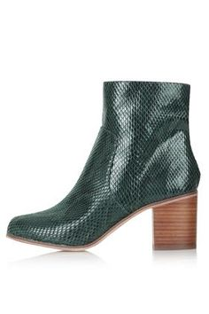 These green snakeskin boots from Topshop are just delicious. Totally impractical and therefore the kind of thing I wear at every opportunity. Perfect autumn and winter fashion.