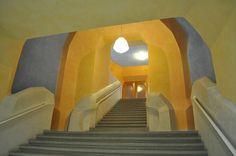 Staircase at Goetheanum Pavilion Architecture, Sustainable Architecture, Residential Architecture, Contemporary Architecture, Interior Architecture, Interior And Exterior, Interior Design, Lazure Painting, Bubble House