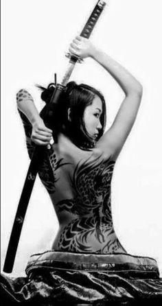 Tatoo and katana Samurai Girl, Ronin Samurai, Female Samurai, Samurai Warrior, Dragon Warrior, Bushido, Katana Girl, Kendo, Foto Art