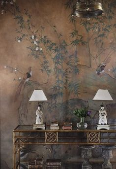 A strong design element used here is Chinoiserie, the Asian style wallpaper with the fabulous birds is very characteristic of this era. Chinoiserie Wallpaper, Chinoiserie Chic, Of Wallpaper, Oriental Wallpaper, Painted Wallpaper, Japanese Bedroom Wallpaper, Wallpaper Designs For Walls, Chinese Wallpaper, Home Decor Ideas