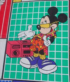 Disney Cool Mickey Mouse Twin Flat Bed Sheet Skateboarding Sunglasses Thumbs Up