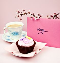 Enjoy tea and #cupcakes with #Mom this #mothersday...