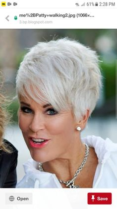 Gray Lace Frontal Wigs black and white split wig – Fashion Wigs Stylish Short Hair, Short Grey Hair, Short Hair Wigs, Short Hair Cuts For Women, Grey Hair Texture, Textured Hair, Short Pixie Haircuts, Pixie Hairstyles, Natural Hair Styles