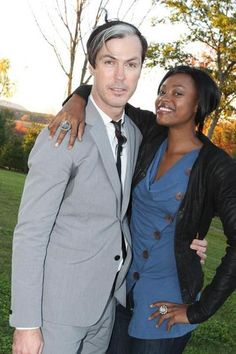 Fitz and Noelle - Fitz And The Tantrums Photos