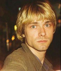 Kurt in October Seattle, WA… Nirvana Songs, Nirvana Band, Donald Cobain, Nirvana Kurt Cobain, Riot Grrrl, Dave Grohl, Foo Fighters, Jim Morrison, Forever