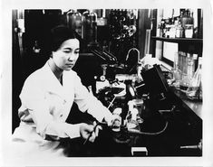 Ruby Hirose (1904–1960) was a Japanese-born American chemist whose infantile paralysis vaccine research was groundbreaking. | 34 American Lady Scientists Who Changed The World