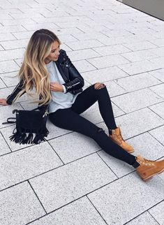 Cool 48 Stylish Outfits that Need to be Taken Right Now http://outfitmad.com/2018/01/25/48-stylish-outfits-that-need-to-be-taken-right-now/