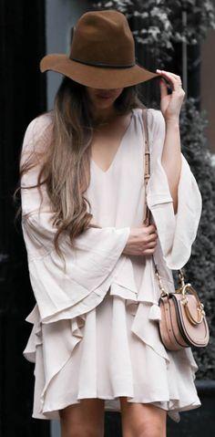 best romantic outfit idea / brown hat bag blush dress