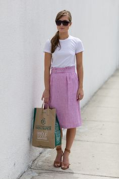 simple white tee with skirt, love this look for summer. Fabric is T4, colour is T1/T4