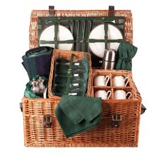 balmoral-4-green-luxury-picnic-hamper