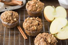 Made with whole wheat flour, coconut oil, apple sauce and maple syrup these Healthy Apple Muffins will be your new favorite fall snack. Honeycrisp Apples, Spiced Apples, Caramel Apples, Healthy Muffins, Healthy Treats, Healthy Kids, Healthy Food, Breakfast On The Go, Apple Breakfast