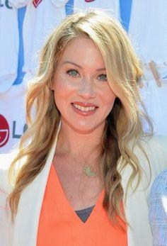 Christina Applegate hair