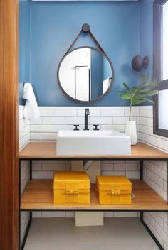 Home Decor – Decor Ideas – decor Small Bathroom With Shower, Small Showers, Casa Real, Wooden House, Tiny House Design, Minimalist Decor, Kitchen Layout, Amazing Bathrooms, Container Houses