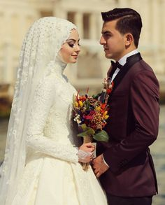 Muslim Wedding Gown, Hijabi Wedding, Wedding Hijab Styles, Muslimah Wedding Dress, Muslim Brides, Pakistani Wedding Dresses, Modest Wedding Dresses, Bridal Dresses, Bridal Hijab