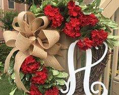 Summer Door Wreaths, Wreaths For Front Door, Holiday Wreaths, Wreath Boxes, Wreath Ideas, Black Wreath, Red Geraniums, Red Peonies, Thing 1