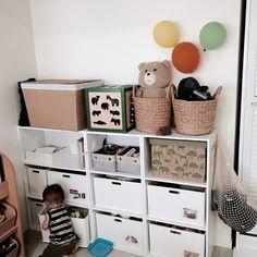Emiさんの、リビング,ダイソー,カラーボックス,おもちゃ収納,ニトリ収納BOX,ニトリ収納ケース,おかたづけ育?,のお部屋写真