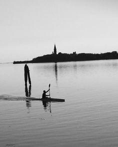 Italy Lagoon Venice #dolcevitali #vforveneto #lifeandemotive #soul_infinity #loves_kotakinabalu #bnw_stop #igw_noir #igw_bnw #bnw_life_invite #bnw_life_shots #bnw_rose #loves_details #bnw_lombardia #photoworld_star_bnw #likes_bnw #lory_bnw #best_expression_bnw #bnw_exquisite #passione_fotografica #9vaga_bnw9 #scacco_matto_ #infinity_bnwdetayls #veneziaautentica #verso_venezia #tuttoinunoscatto by liaebasta